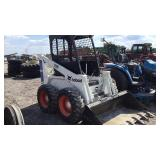 Bobcat 720 Skid Steer