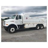 1999 STERLING LT8501 T/A FUEL & LUBE TRUCK