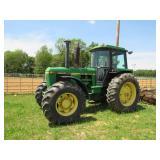 JOHN DEERE 4240 FARM TRACTOR