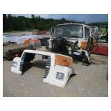 FORD L8000 CAB W/HOOD