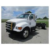 2004 FORD F650XL SD S/A CAB & CHASSIS