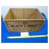 VINTAGE BLACK & WHITE SCOTCH WHISKY CRATE