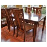 Kathy Ireland Dining table and chairs