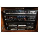 Sanyo stereo and case