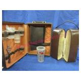 2 beverage carrying cases & old mixing glass