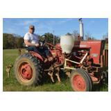 International Farmall 140 Tractor