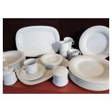 """Solitaire  """"China Pearl""""China Pieces"""