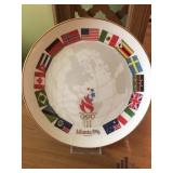 """ Parade of Nations "" Collectable Plate"