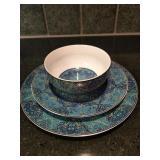 Set of Ibiza Porcelain Dinnerware