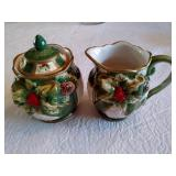 Holiday Design Creamer & Covered Sugar