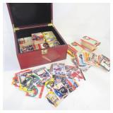 HOCKEY CARDS - ASSORTED - IN STORAGE BOX
