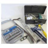TOOLBOX WITH CONTENTS, ASSORTED TOOLS