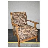 VINTAGE ARM CHAIR W/ UPHOLSTERED SEATING