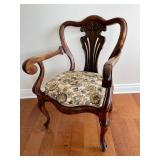 ANTIQUE CARVER STYLE ARM CHAIR