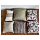 CUSHIONS - ASSORTED SIZE AND PATTERNS (6)