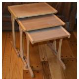 SET OF WOOD NESTING TABLES MEASURING