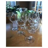 RED WINE GLASSES BY M & W (6)