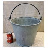 1314 Sturdy Galvanized Bucket