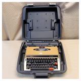 Sears Achiever Typewriter in Case