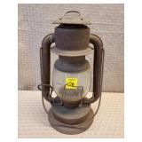 Dietz Lantern, Rusty
