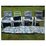 4 Patio Chairs & Cushions Grouping