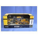 ERTL John Deere 872GP Motor Grader   NIB