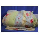 Comforter w/ Matching Shams