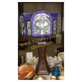 31in gorgeous lamp with stain glass shade- lamp