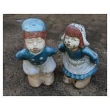 Dutch Kissing Couple Concrete Yard/Garden Deco