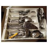 Carlyle Stainless Flatware Set in Tray
