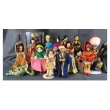 Large Lot Of Ethnic Dolls