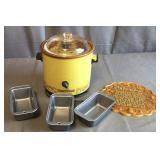 Crockpot, Mini Pans, Decor