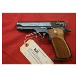 Smith & Wesson 39-2 9mm Pistol