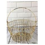 Distressed Primitive Egg Basket With Handle