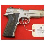 Smith & Wesson 4046 .40 S&W Pistol