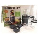 NEW 600 watt Nutri-Bullet 12pc Set w/Recipes