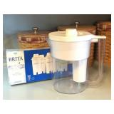 Brita 2 Quart Water Purification Pitcher w/Filters