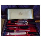 Crown Crest Knife set