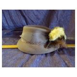 Vintage ladies hat with feather
