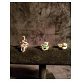 Lot of 3 gold tone rings