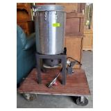 TURKEY FRYER AND POT ON STAND
