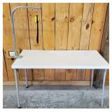 DOG GROOMING TABLE WITH FOLDING LEGS