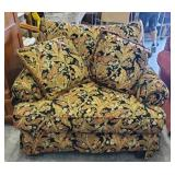CRAFTMASTER OVERSIZED CHAIR