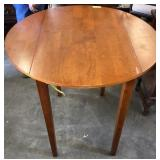 """DINING TABLE W/ (2) 8"""" LEAVES"""