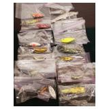 TRAY OF VINTAGE LURES
