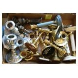 TRAY LOT: BRASS AND PEWTER CANDLE HOLDERS