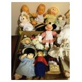 2 TRAY LOTS SMALL DOLLS, MINNIE MOUSE
