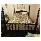 MAHOGANY DOLBE POSTER SPOOL TYPE BED