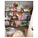 CONTENTS OF CLOSETS: EASTER, HOLIDAYS DECOR