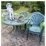 PLASTIC TABLE AND 4 CHAIRS, 2 YARD ART